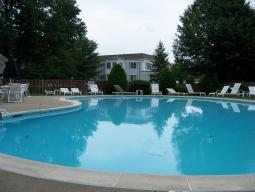 Sutton woods condos, Chatham NJ Pool
