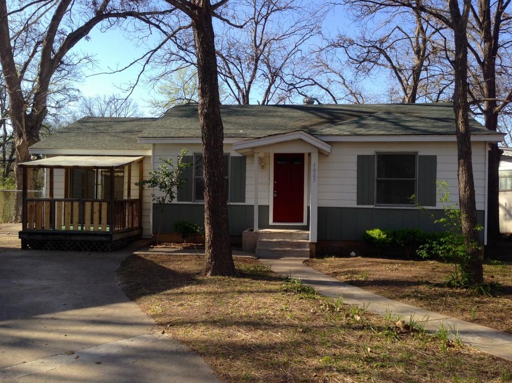 The Barbara/Rose Bunglow House, San Marcos, TX, 78666 United States