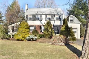 154 Meadowbrook Dr, North Plainfield Boro, NJ, 07062-2426