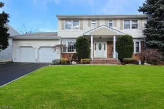 733 Moses Drive, Rahway City, NJ, 07065-2775