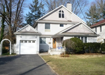 636 Norwood Drive, Westfield, NJ, 07090-3635