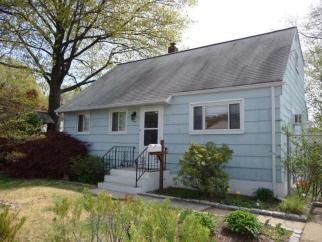 923 Madison Hill Rd, Rahway City, NJ, 07065-1828