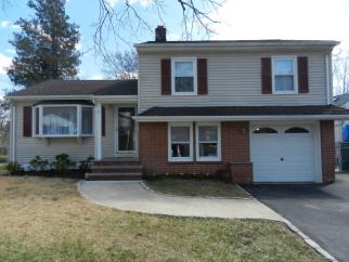 15 Sherwood Road, Kenilworth Boro, NJ, 07033-1426
