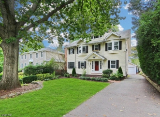 536 Forest Ave, Westfield Town, NJ, 07090-4319