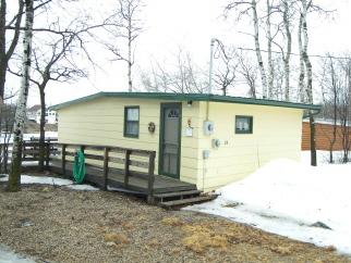 25 North Lake Park Road, Bottineau, ND