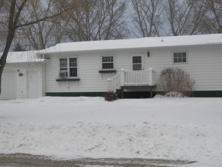 719 7th St East, Bottineau, ND, 58318