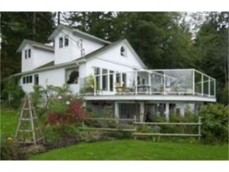 1565 Lands End Rd, North Saanich, BC, V8L 5L5