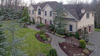 170 Apple Ridge Road, Woodcliff Lake, NJ, United States