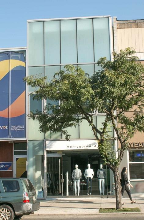 2284 Bloor Street West, Toronto, ON, M6S1N9 Canada