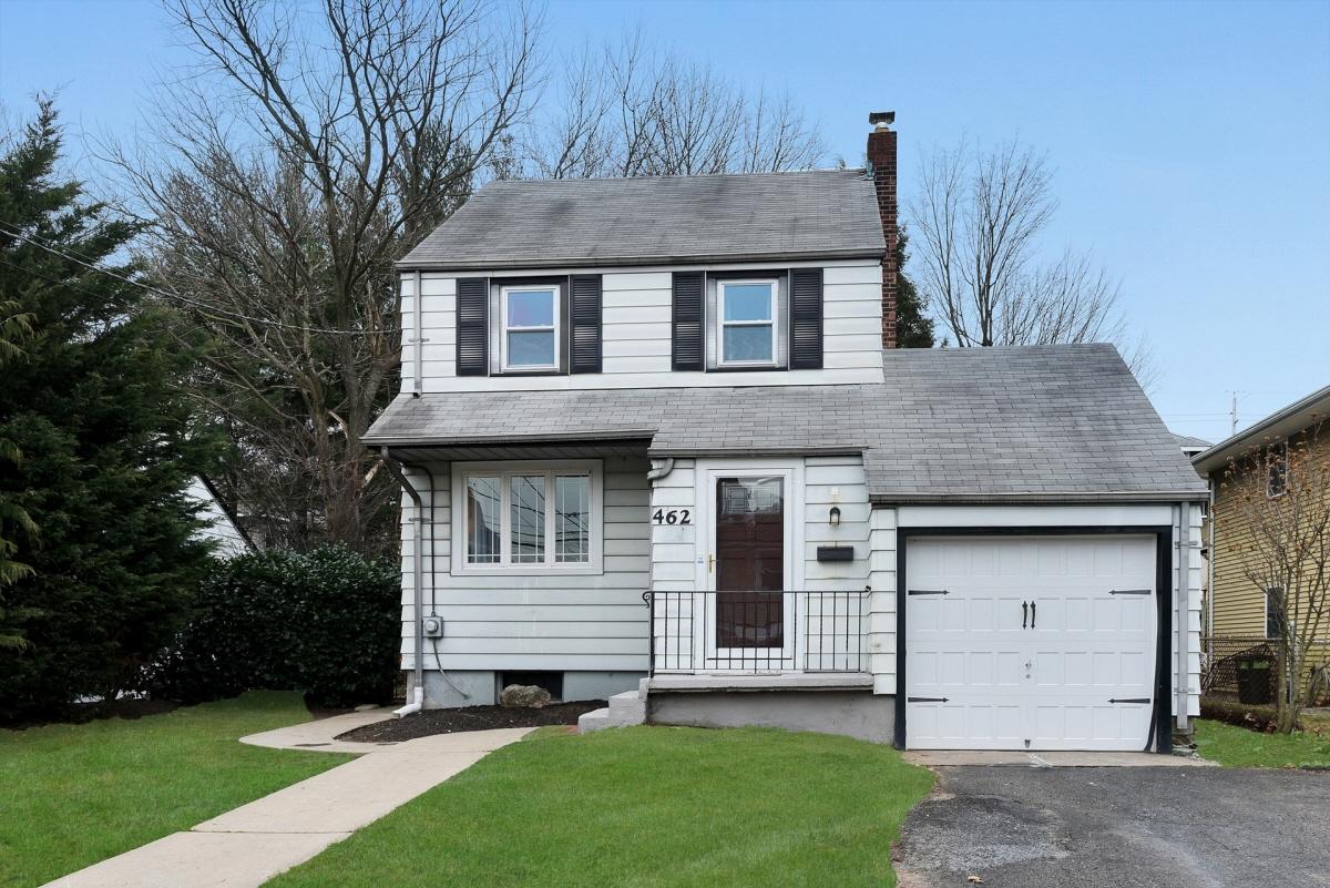 462 Oak Avenue, Maywood, NJ, 07607 United States