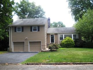 246 Welch Way, Westfield Town, NJ, 07090-1701