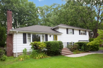 12 Sutton Pl, Cranford Twp., NJ, 07016-2026