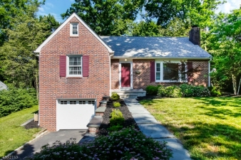 21 Woods End Road, West Orange Twp., NJ, 07052-1221