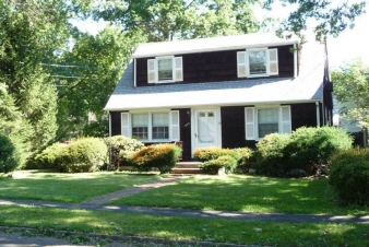 379 Westfield Road, Scotch Plains Twp., NJ, 07076-1349