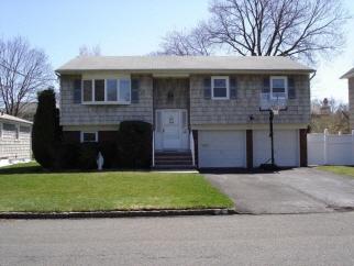 53 Fulton Street, Clark Twp., NJ, 07066-1879
