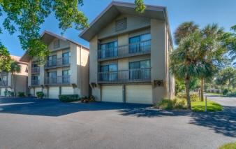 1075 Lake House Circle, C-101, Sarasota, FL, United States