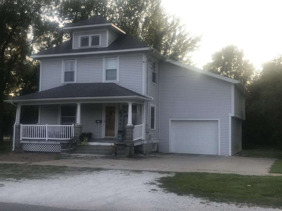 217 N First Street, Carthage, IL, 62321 United States