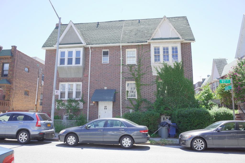 340 97th STREET, Brooklyn, NY, 11209 United States