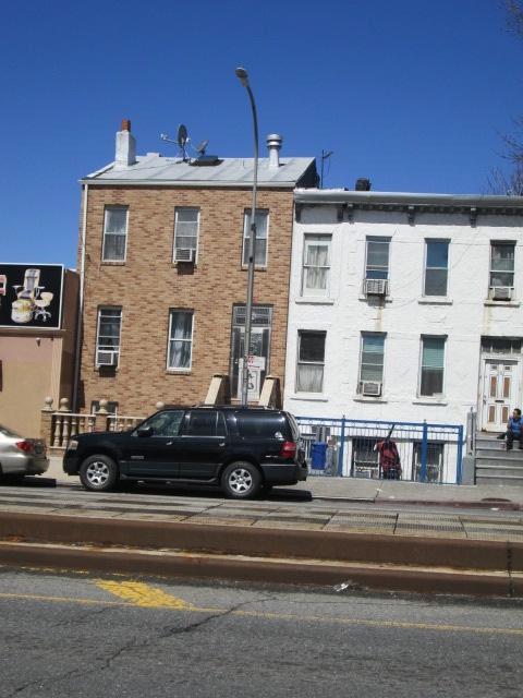 684 4th AVENUE, Brooklyn, NY, 11232 United States