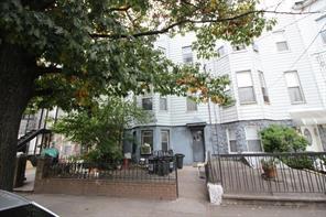 1250 39th STREET, Brooklyn, NY, 11218 United States
