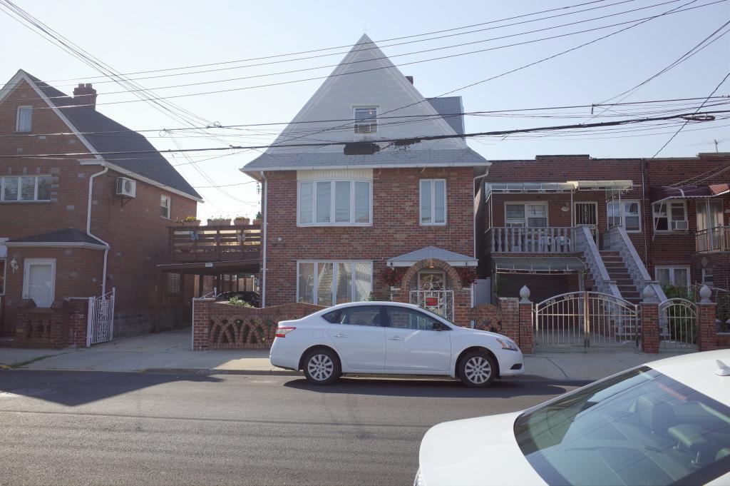 176 BAY 44th STREET, Brooklyn, NY, 11214 United States
