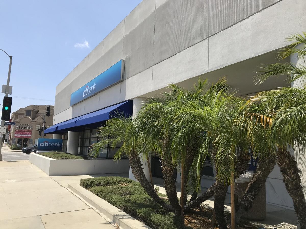 19255 Ventura Blvd, Tarzana, CA, 91356 United States