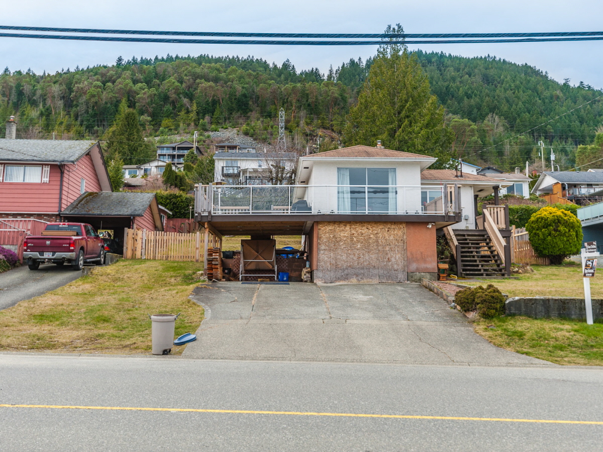 432 Davis Road, Ladysmith, BC, V9G 1V5 Canada