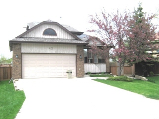 42 Saxon Bay, Winnipeg, MB, Canada