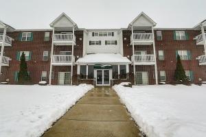 6020 S Buckhorn Avenue #206, Cudahy, WI, 53110 United States