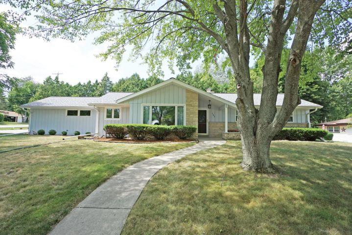 151 Terrace LN, Hartland, WI, 53029 United States