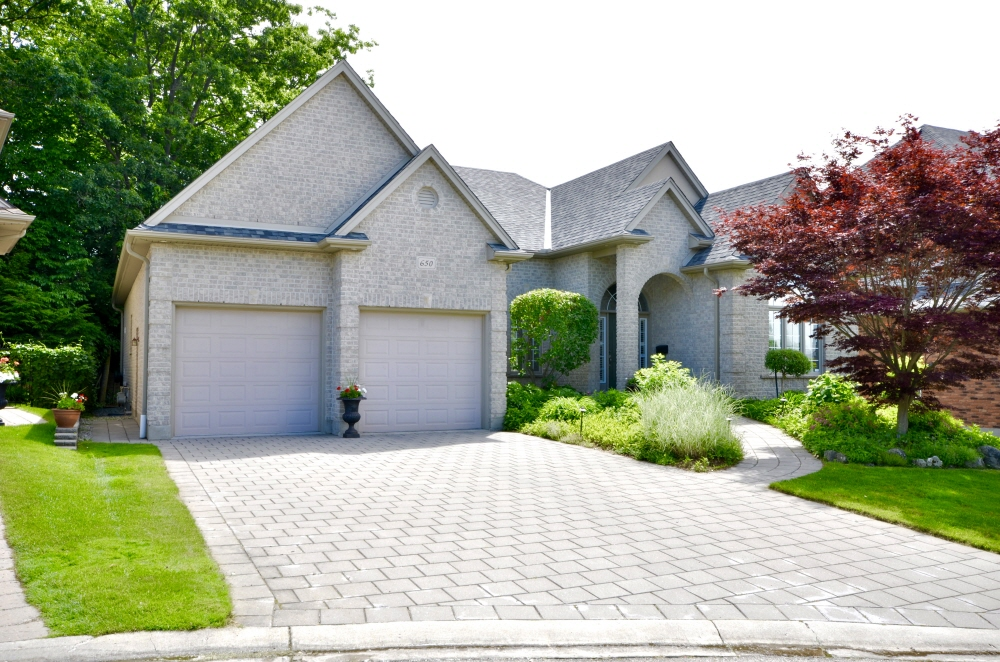 650 Robertson Place, London, ON, N6K 4X7 Canada