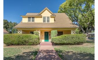 1725 Walworth Ave, Pasadena, CA, 91104 United States