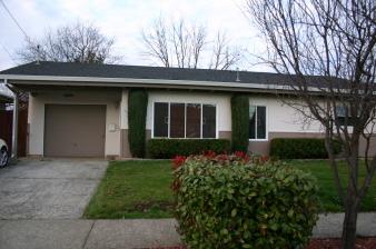 123 Dina Street, Cloverdale, CA, United States