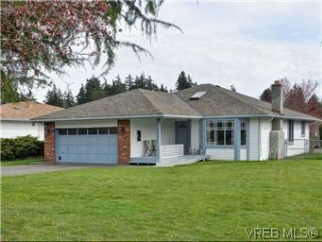 3097 Brittany Dr, Colwood, BC, V9B 5P8 Canada
