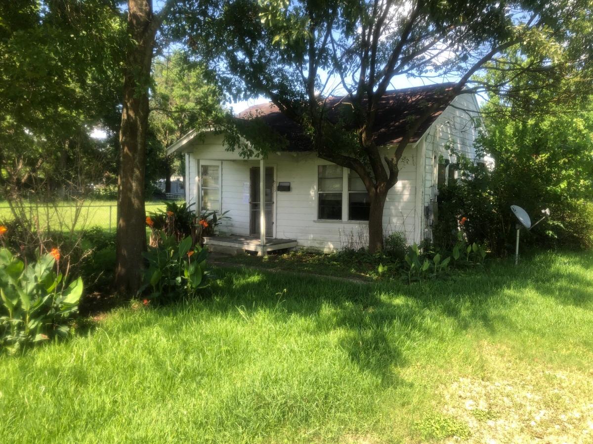 205 Sycamore St 207 Sycaome St., Port Neches, TX, 77651 United States