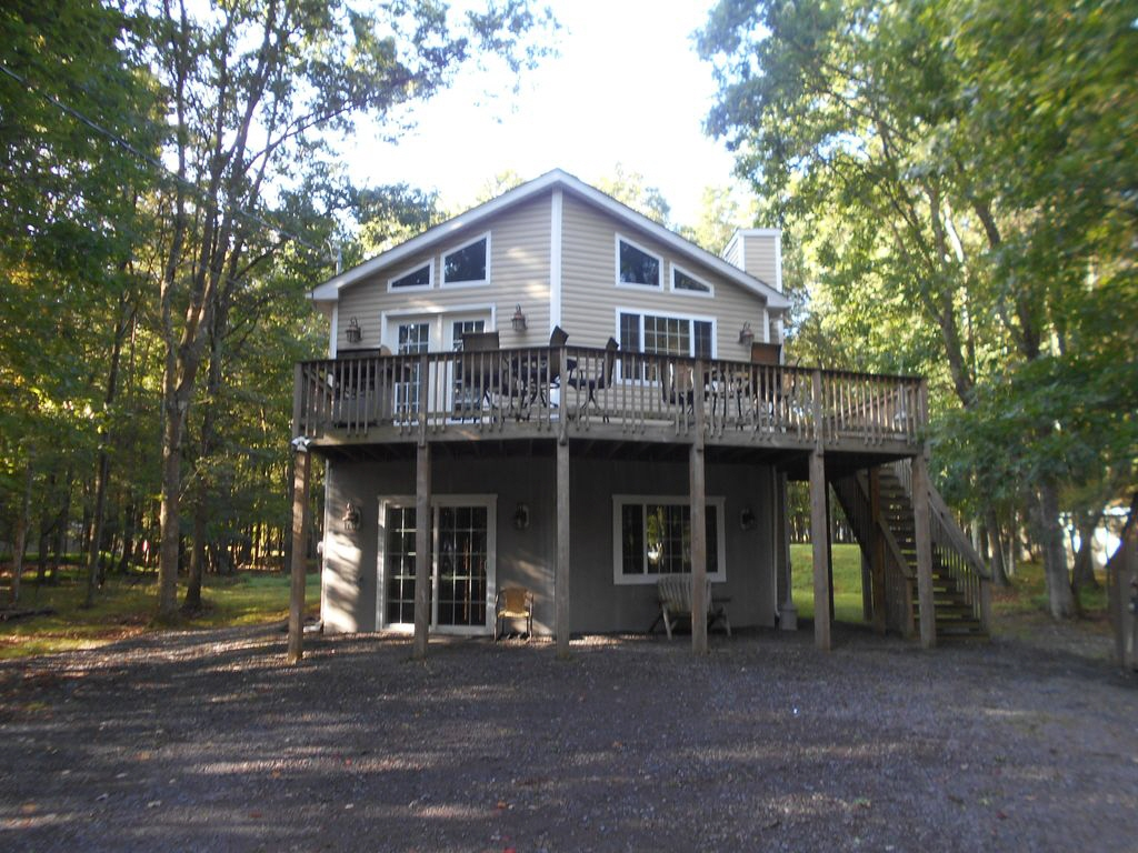 11 Key Glen, Albrightsville, PA, 18210 United States